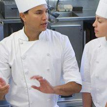 Hints for a better restaurant kitchen staff structure